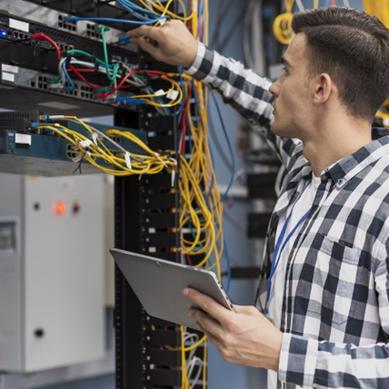 Těžké wolframové slitiny nacházejí uplatnění ve tlumících prvcích nebo elektrických konektorech vystavených vysokému napětí
