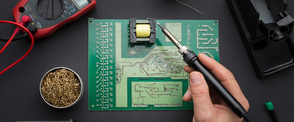 Электротехническая и электронная индустрия - тантал, никель, вольфрам, молибден.