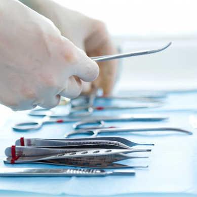 Ze stopów tytanu wykonuje się głównie implanty stawów biodrowych oraz kolanowych i protezy.