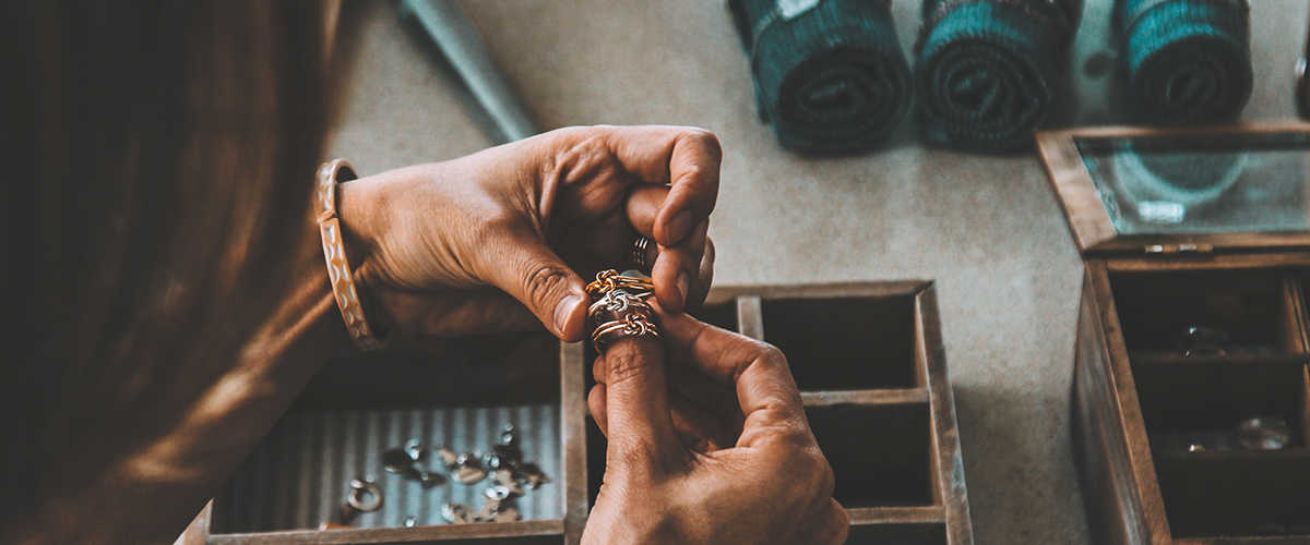 Jewelry industry - titanium, nickel, tantalum