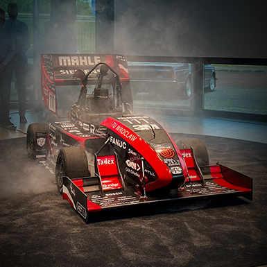 Nowy bolid teamu PWR Racing Team